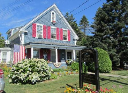 Saltwinds Bed & Breakfast and Guest House
