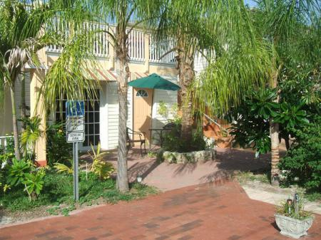 Manatee Bay Inn Fort Myers Beach, FL