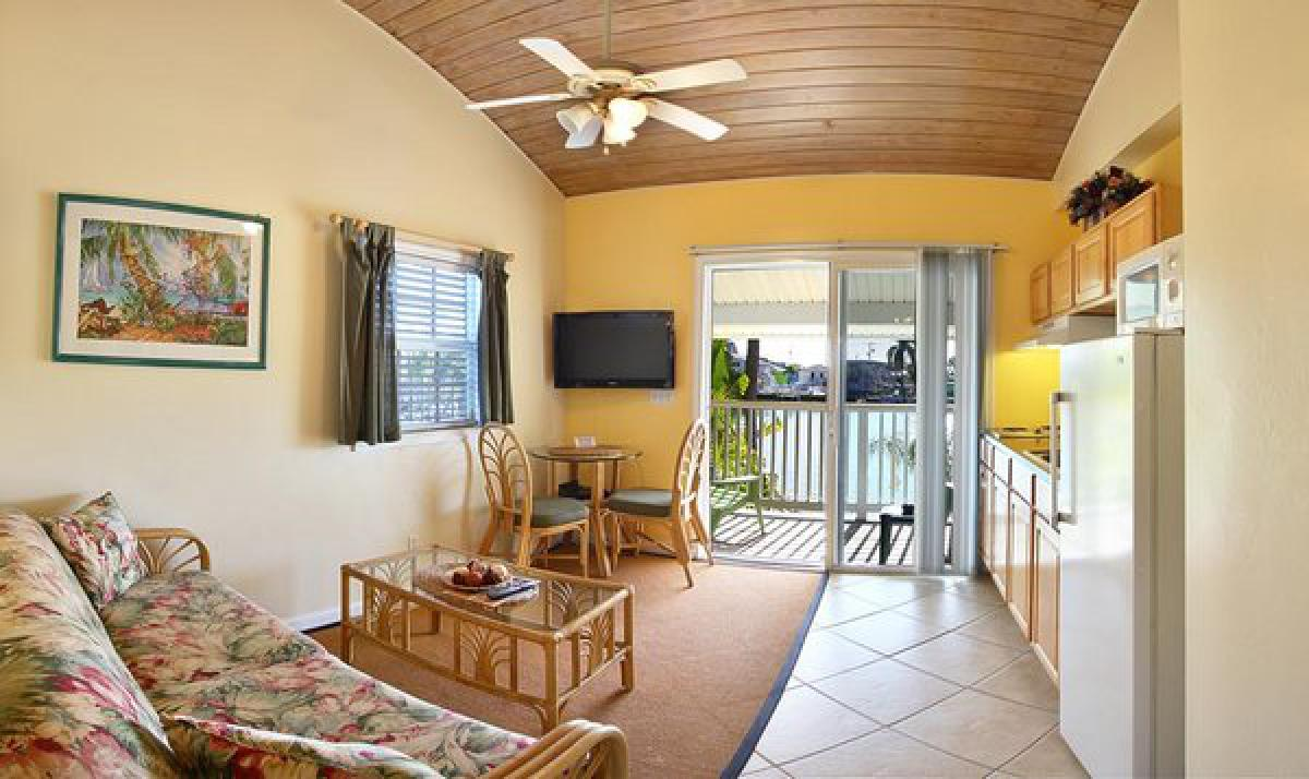 Manatee Bay Inn wellness area