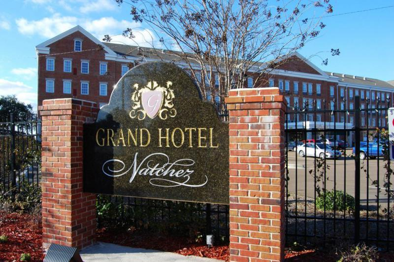 Natchez Grand Hotel and Suites Beautyfarm